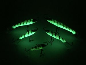 Go Pack Eyelash Glow Tiger Rapala Jigging Rap 5