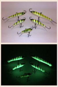 Go Pack Eyelash Glow Tiger Rapala Jigging Rap 8